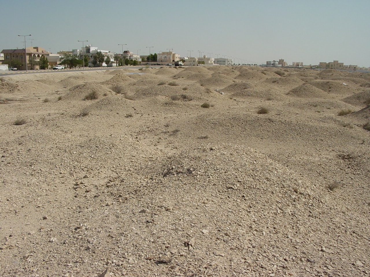 A'Ali Burial Mounds A'Ali, 1000 Amazing Places: #881 A'ali Cemetery, Dilman Culture Burial ...