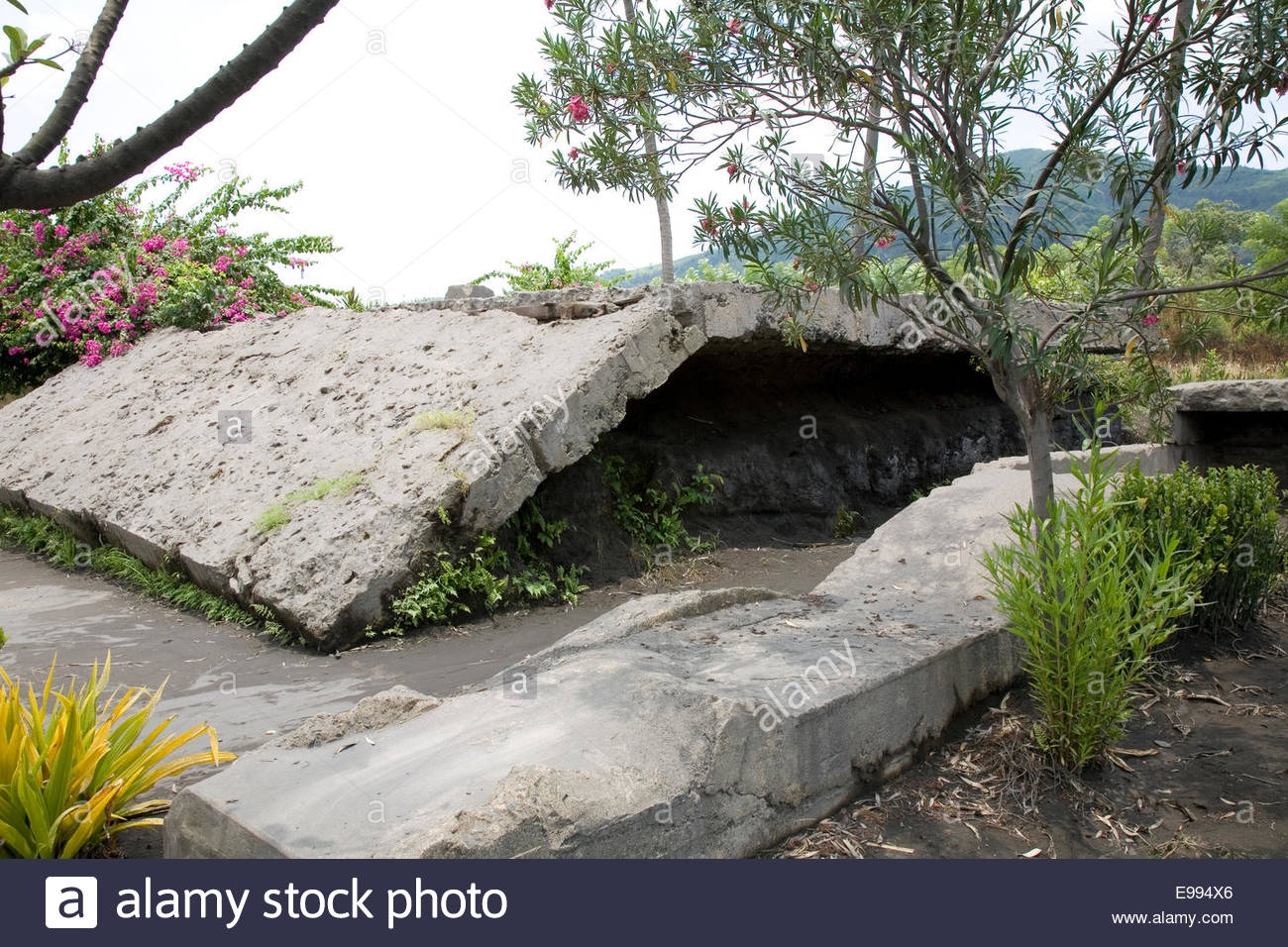 Admiral Yamamoto's Bunker Rabaul, The bunker of Admiral Yamamoto, Japanese commander in the Pacific ...