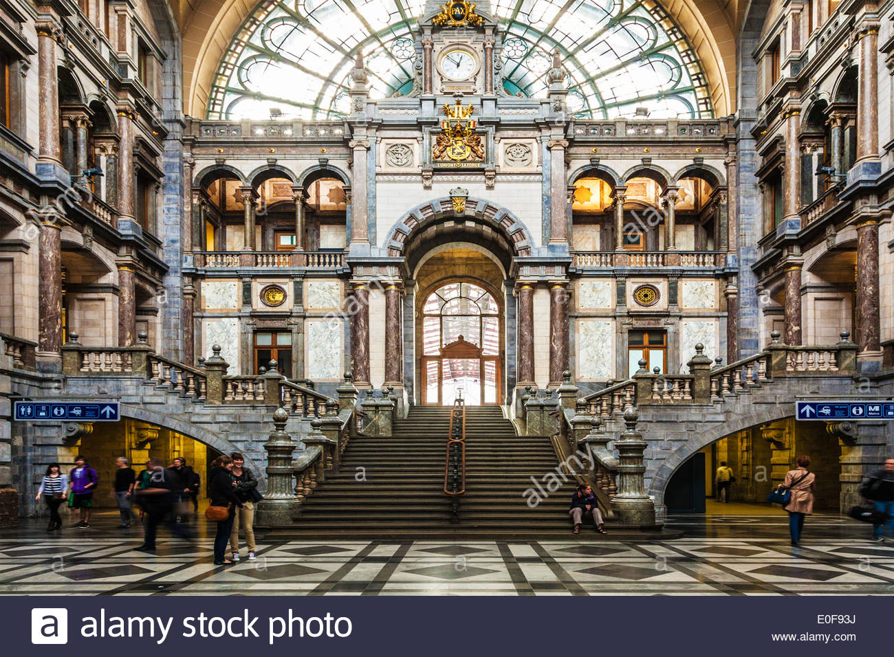 Antwerpen-Centraal Antwerp, The grand waiting and entrance hall of the Antwerpen-Centraal ...