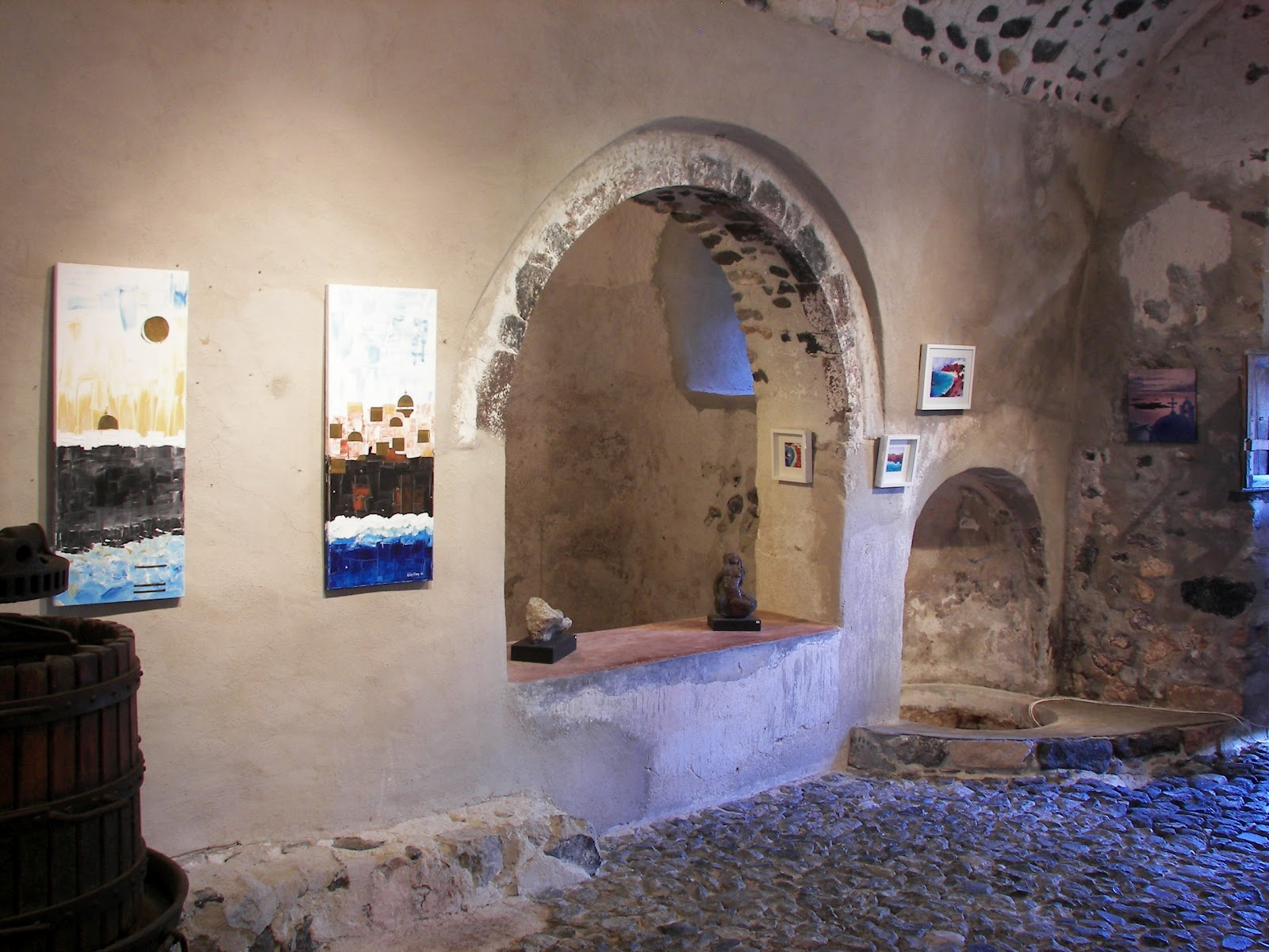 Art Space Santorini, Art space, at Exo Gonia. | Aspa Villas, Oia Santorini.