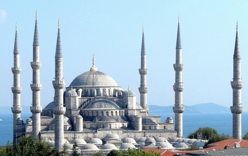 Büyük Valide Han Istanbul, Istanbul and the Beauty of the Blue Mosque | The Travelbunny