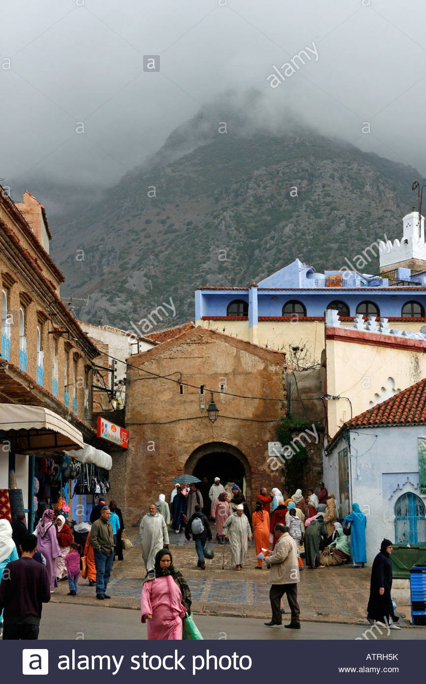 Bab el-Ain Chefchaouen, Bab el Ain the main gateway to the Medina in Chefchaouen sits ...