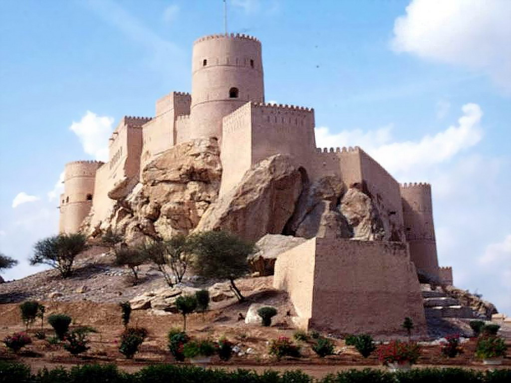 Bahla Fort Bahla & Jabrin, oman Trips | Oman Day Tours |Muscat Tours |