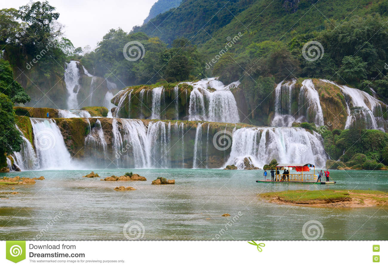 Ban Gioc Waterfall Cao Bang, Ban Gioc Waterfall In Cao Bang, Vietnam Editorial Stock Photo ...