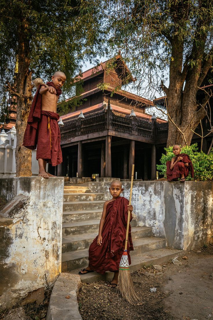 Banyan Tree Nat Shrine Hsipaw, 176 best images about Burma on Pinterest   Buddhists, Thailand and ...