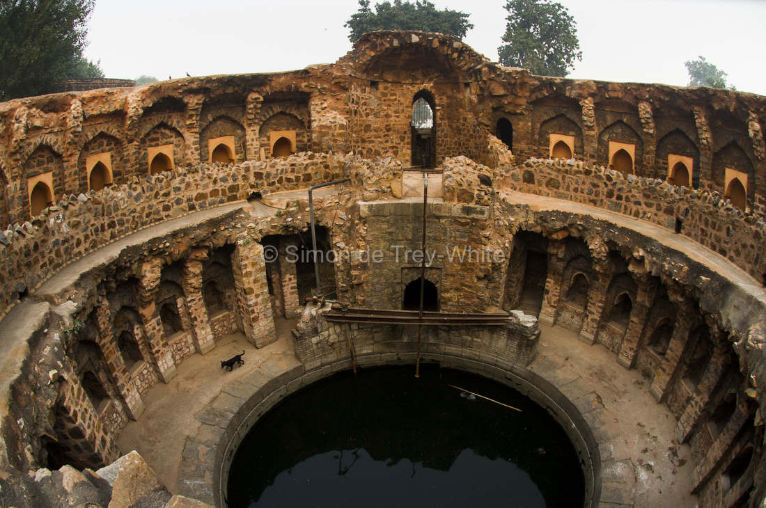 Baoli Delhi, Delhi's Baolis (Stepwells) - Simon de Trey-White, Photographer