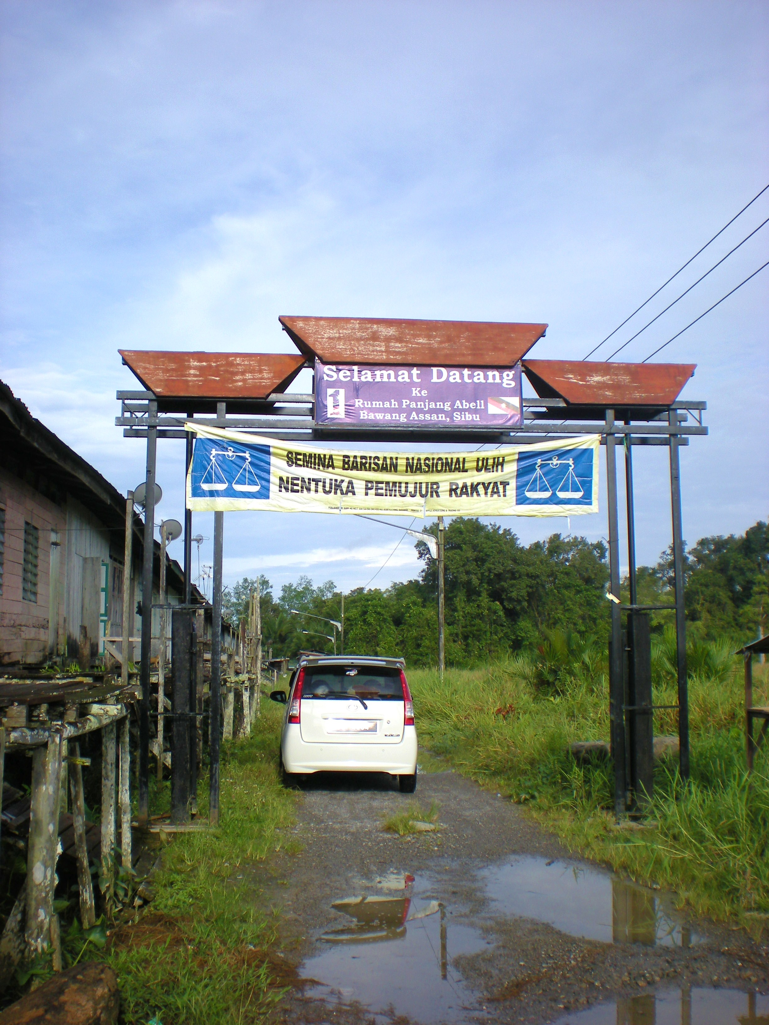Bawang Assan Longhouse Village Sibu, Longhouse – Here-There-Everywhere – This-That-Everything