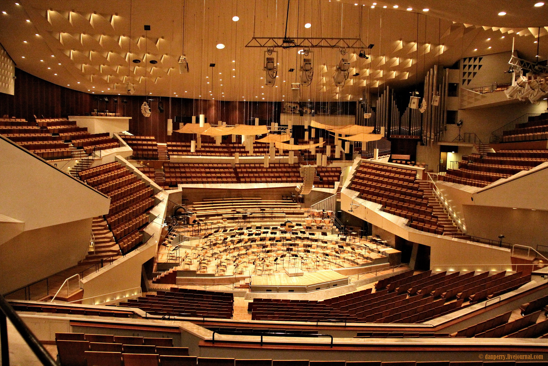 Berliner Philharmonie Berlin, Berliner Philharmonie concert Hall, Berlin - 1 May 2011 - danperry