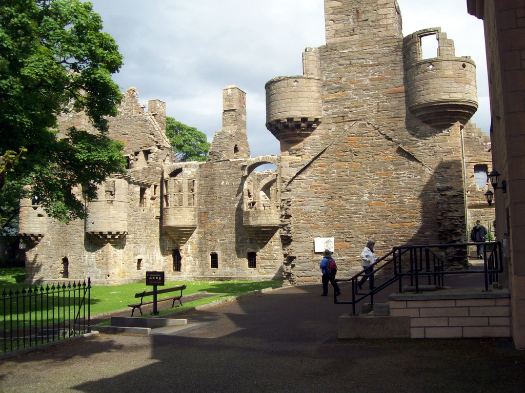Bishop's and Earl's Palaces Orkney and Shetland Islands, THE RUINS OF THE EARL'S & BISHOP'S PALACE - KIRKWALL   Flickr