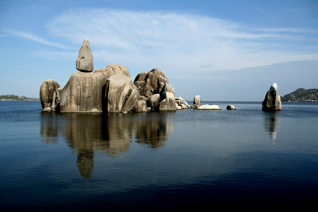 Bismarck Rock Mwanza, mother nature: Bismarck Rock, Mwanza, Tanzania