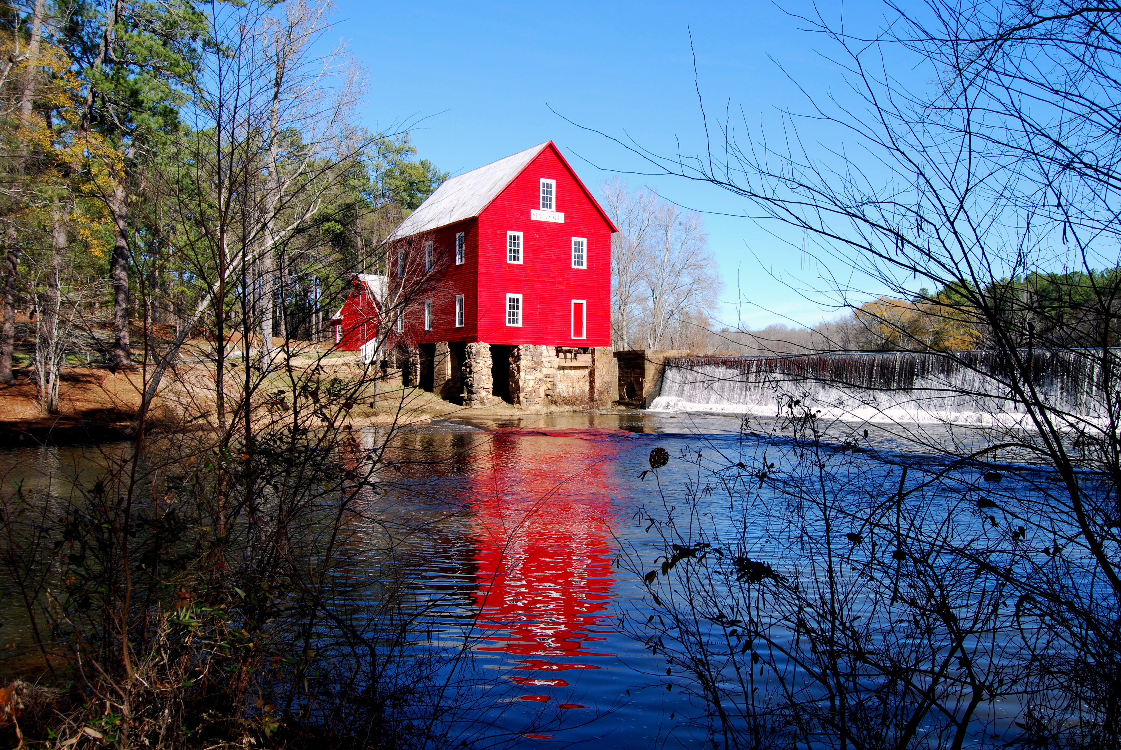 Blue Creek The Deep South, Stars Mill in Senoia GA aka the home of Deep South Glass from ...