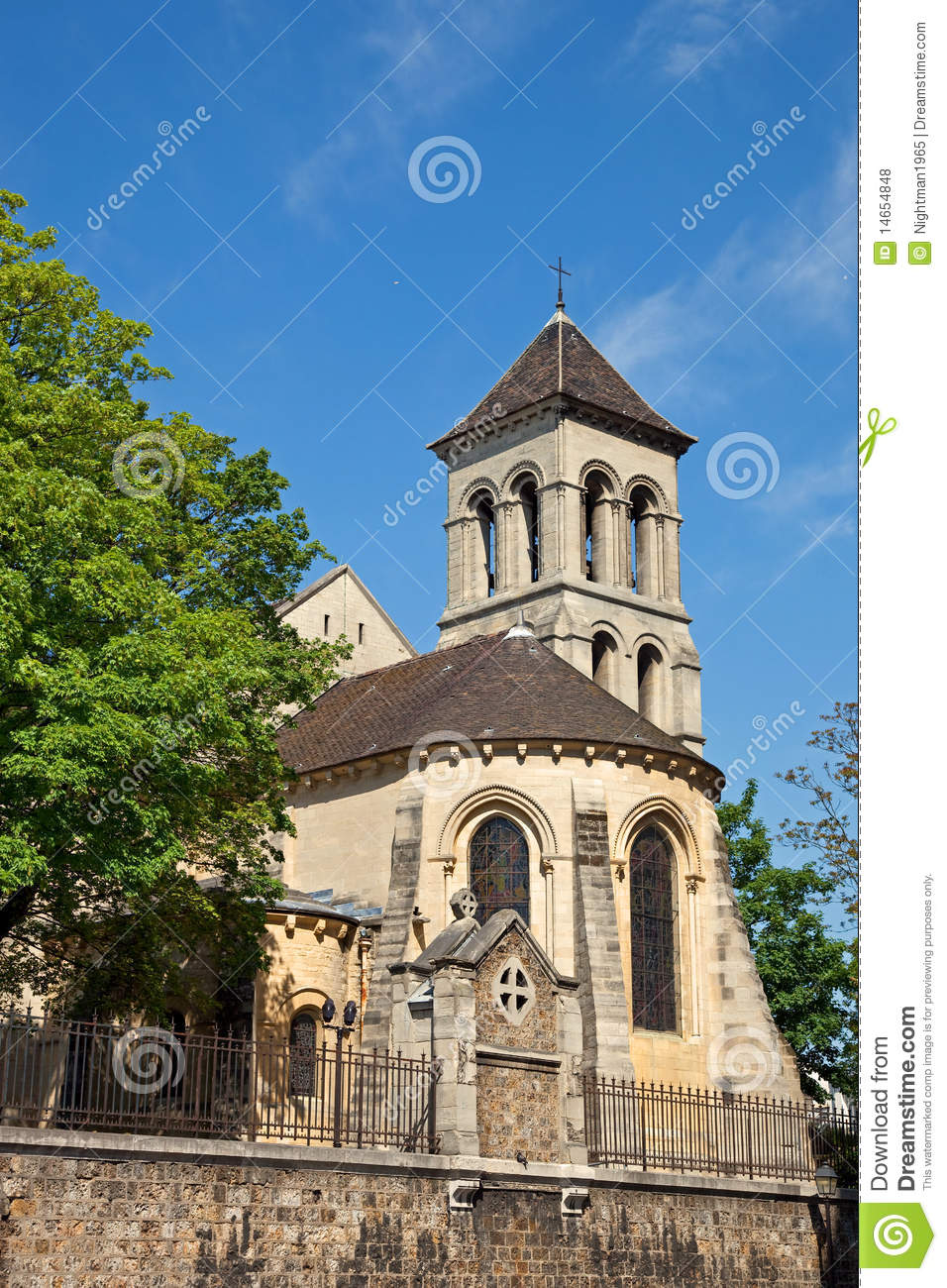 Brasserie BapBap Paris, Saint Pierre De Montmartre Church Paris Royalty Free Stock Photos ...