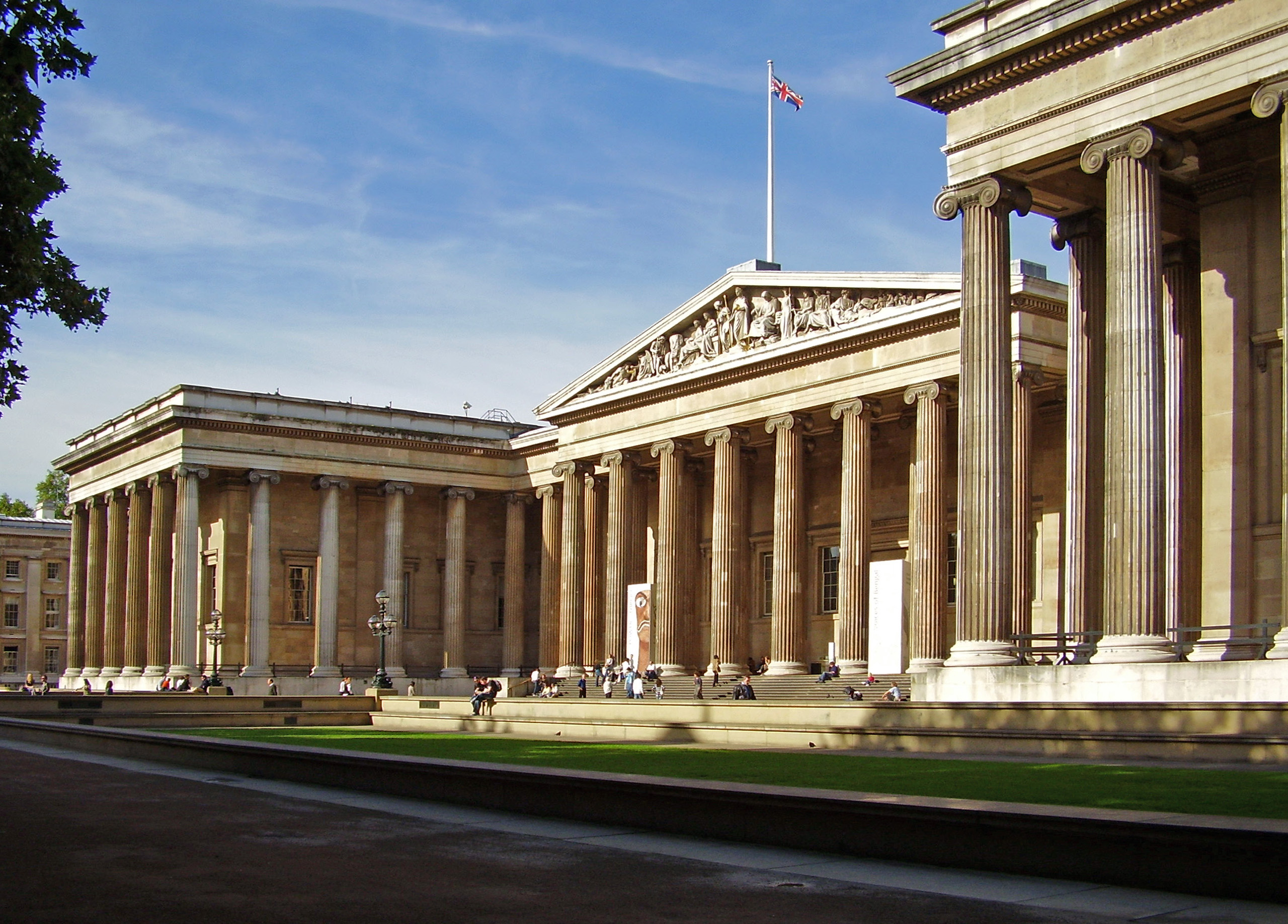 British Museum London, Catalog of Humanity: 10 Interesting Facts and Figures about the ...