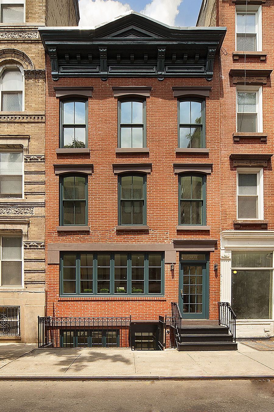 Brooklyn Academy of Music (BAM) New York City, Historic New York City Townhouse Renovated Into A Modern Urban ...