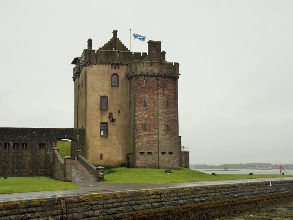 Broughty Castle Fife and Angus, Tayport from Broughy Ferry | Mapio.net