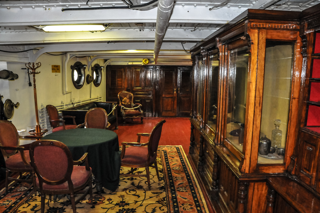 Bryn Mawr College Philadelphia, Commodore's Lounge on the USS Olympia (C-6) US Navy Cruise… | Flickr