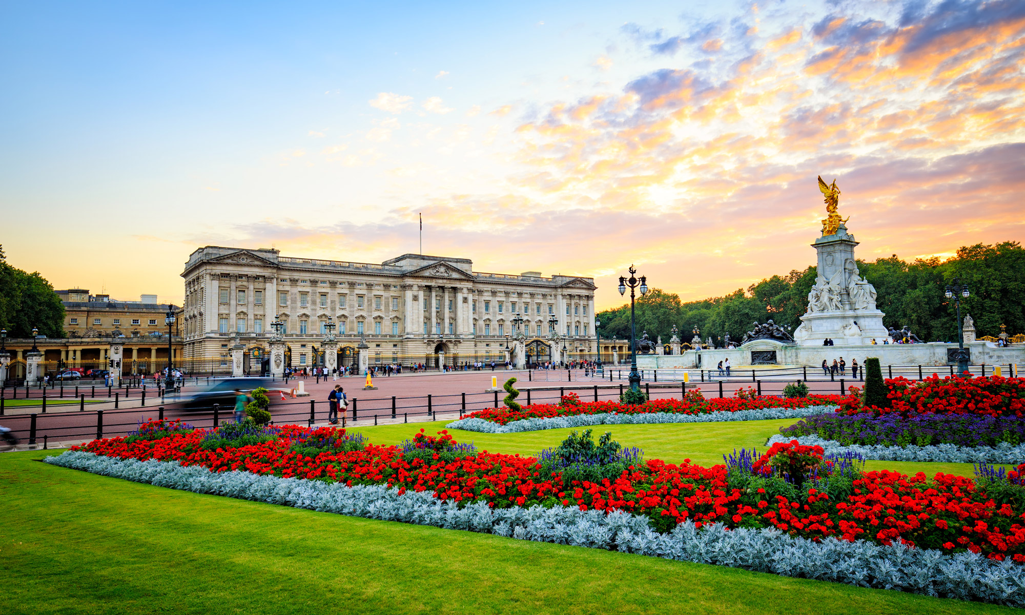 Buckingham Palace London, Buckingham Palace Tour | London Breaks | Newmarket Holidays