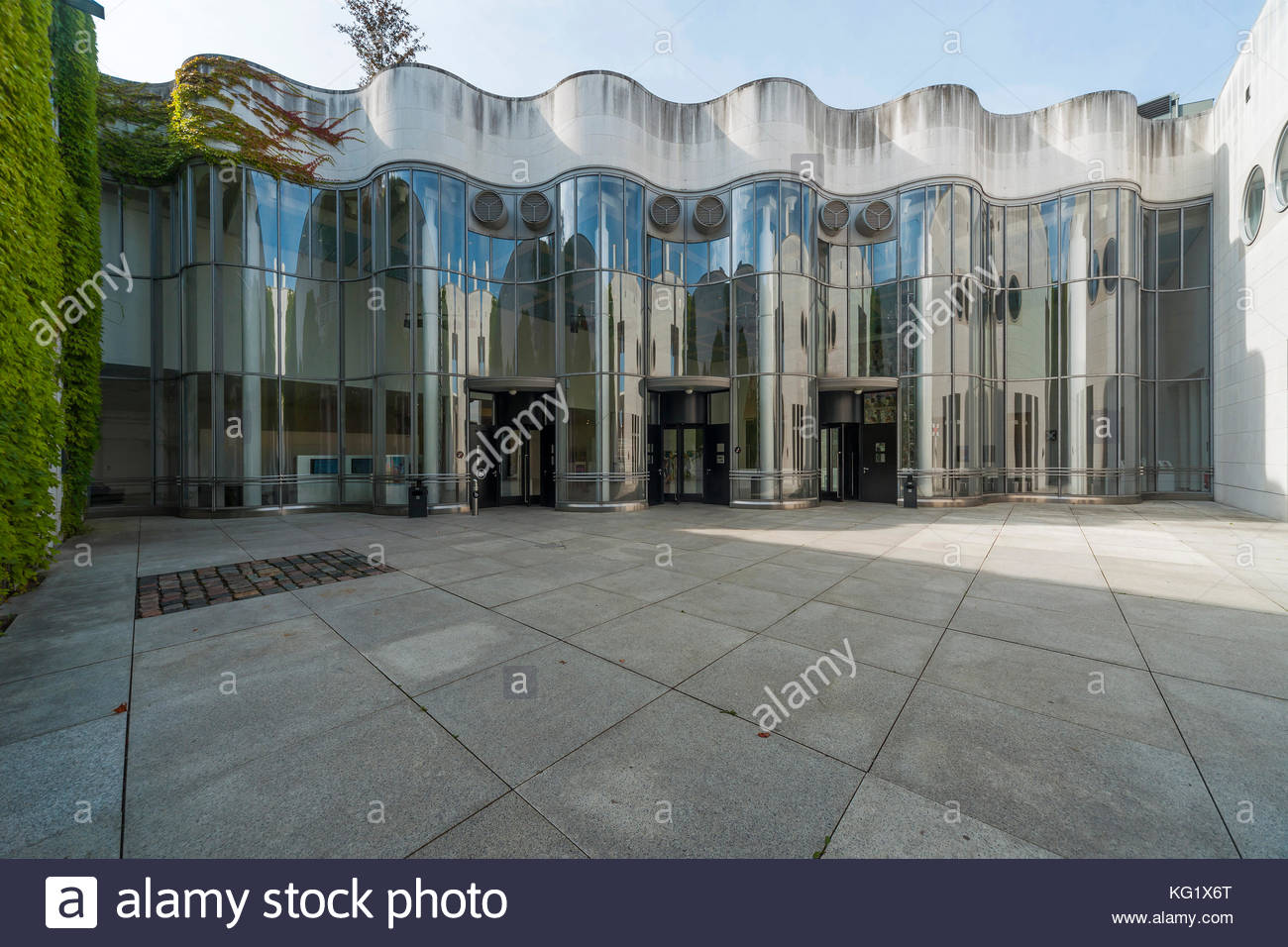 Bundeskunsthalle The Rhineland, Bundeskunsthalle Stock Photos & Bundeskunsthalle Stock Images - Alamy