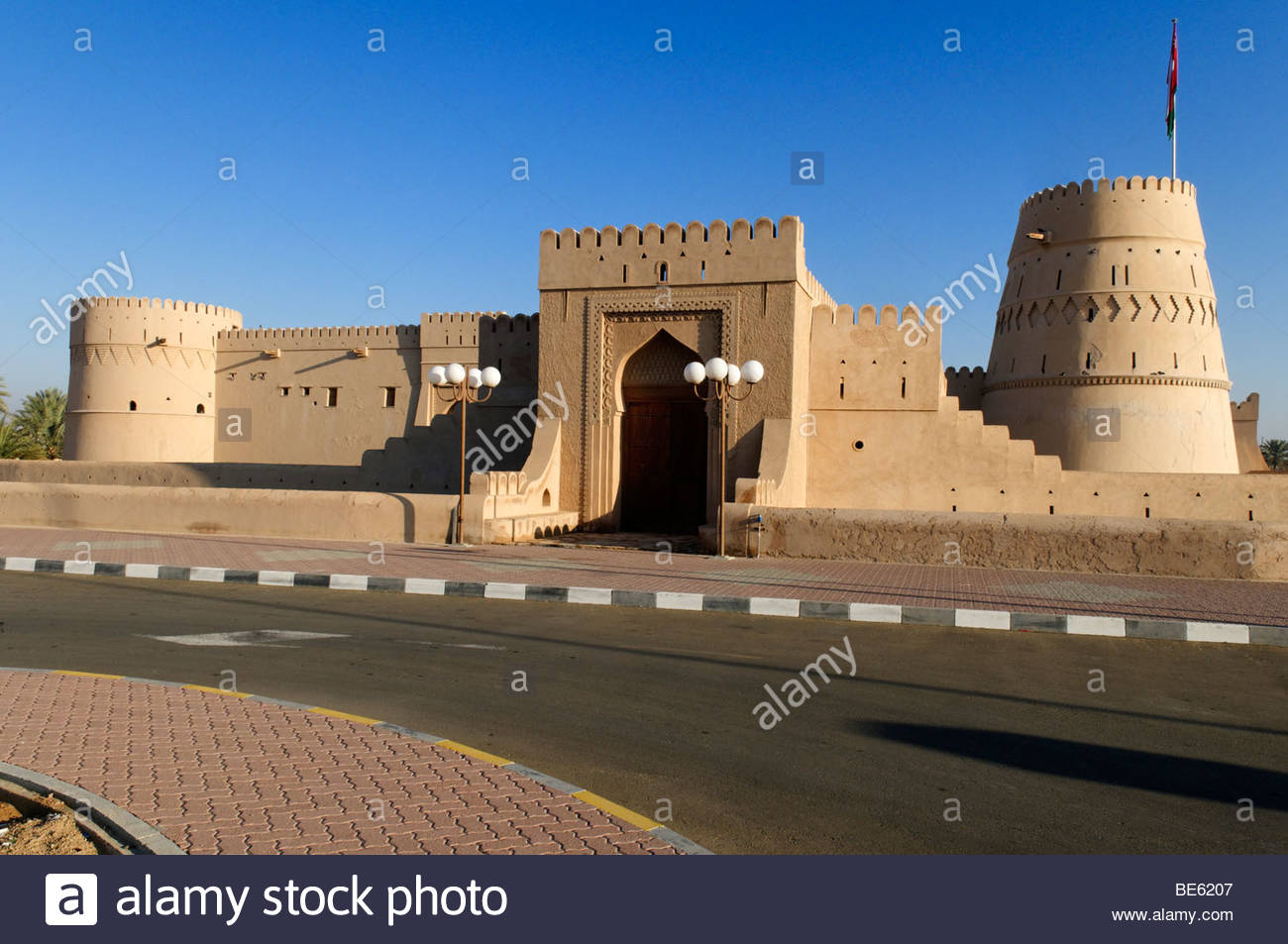 Buraimi Fort Buraimi, Historic adobe fortification Al Khandaq Fort or Castle, Buraimi ...