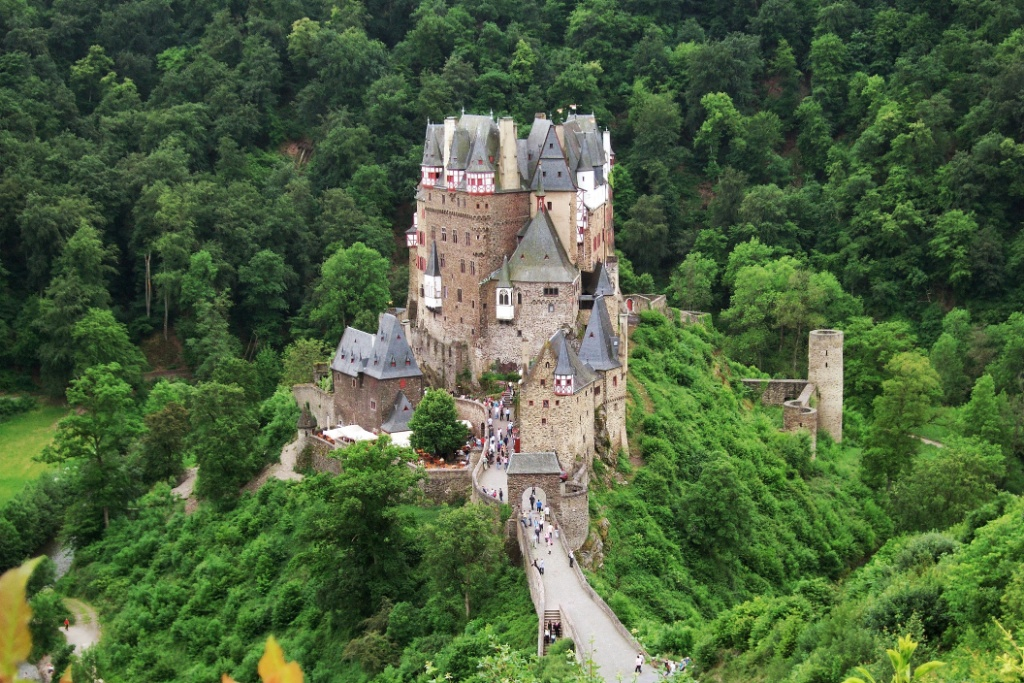 Burg Eltz The Moselle Valley, Burg Eltz Mosel Wine Region Germany