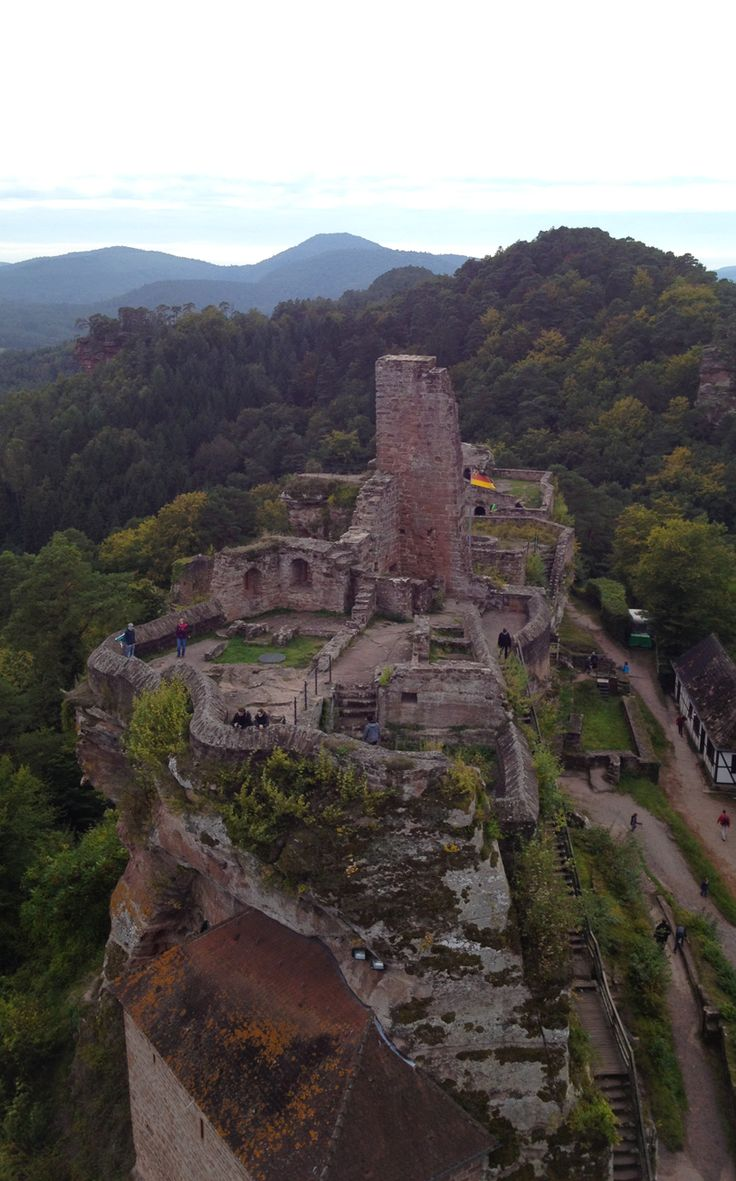 Burgruine Hardenburg The Pfalz and Rhine Terrace, The 9 best images about Out Wow on Pinterest