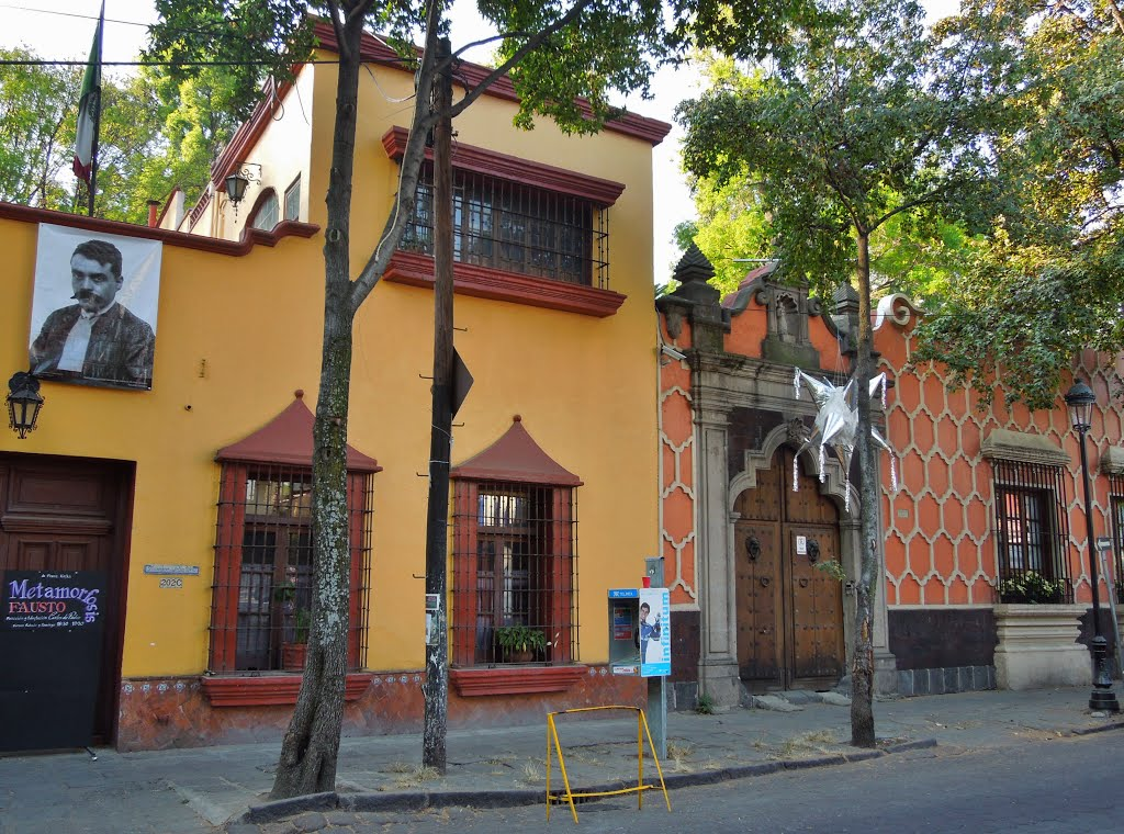 Canals Mexico City, Panoramio - Photo of Maison de la Culture - Plaza Santa Catarina ...