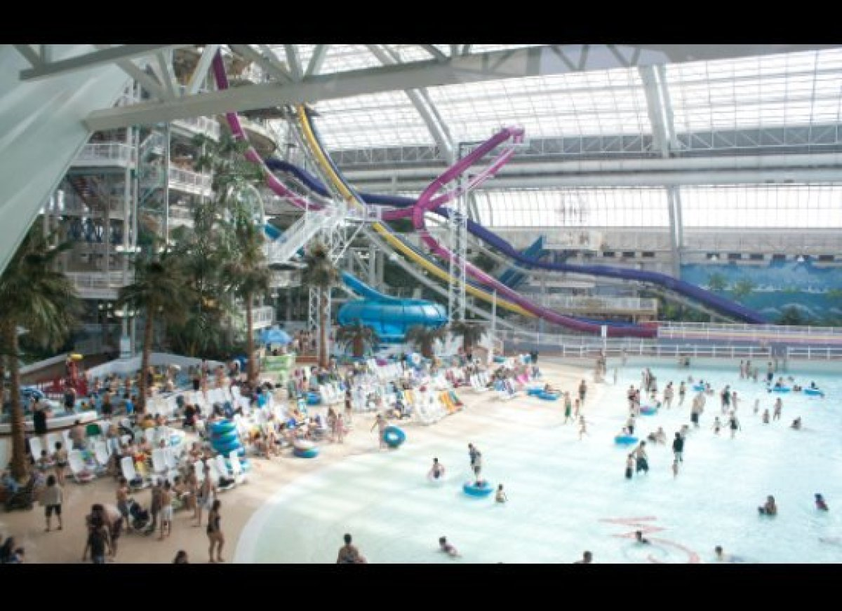 Carnegie Centre Vancouver, The 9 Best Water Parks Across Canada