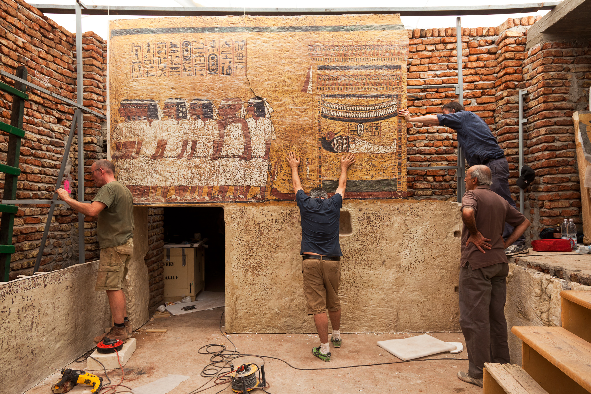 Carter's House & the Replica Tomb of Tutankhamun Luxor, Tut's Tomb: A Replica Fit for a King