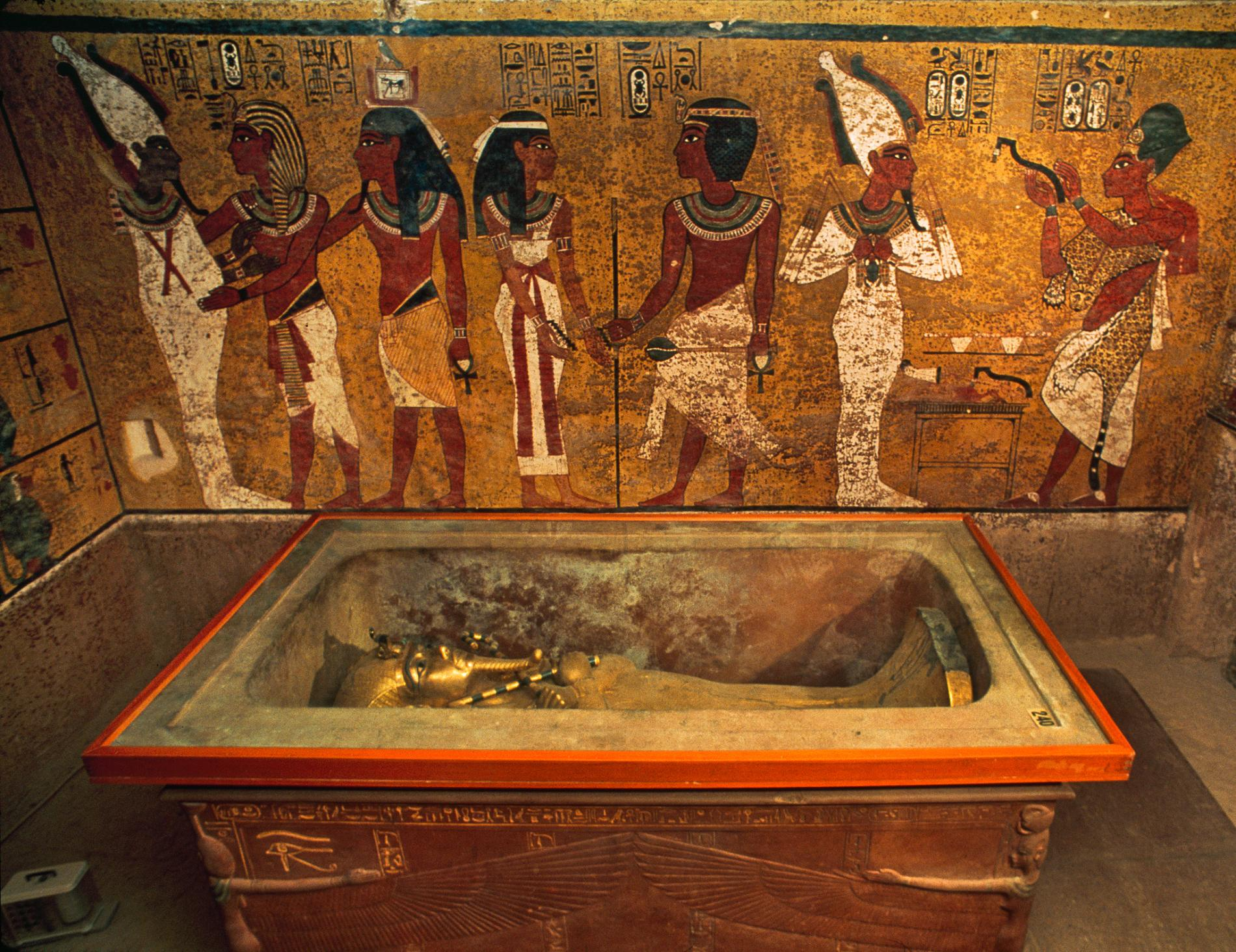 Carter's House & the Replica Tomb of Tutankhamun Luxor, Replica of King Tut's Tomb to Open in Egypt
