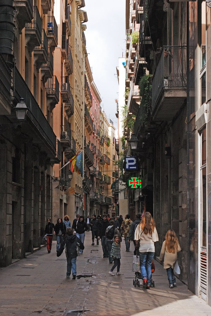 Casa Bruno Cuadros Barcelona, Panoramio - Photo of Carrer dels Escudellers