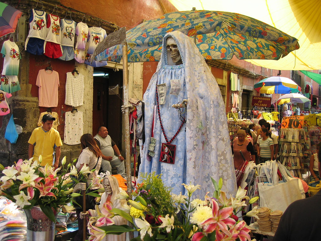 Casa Lamm Cultural Center Mexico City, 8 in Mex. accused of killing 3 as sacrifices to Santa Muerte