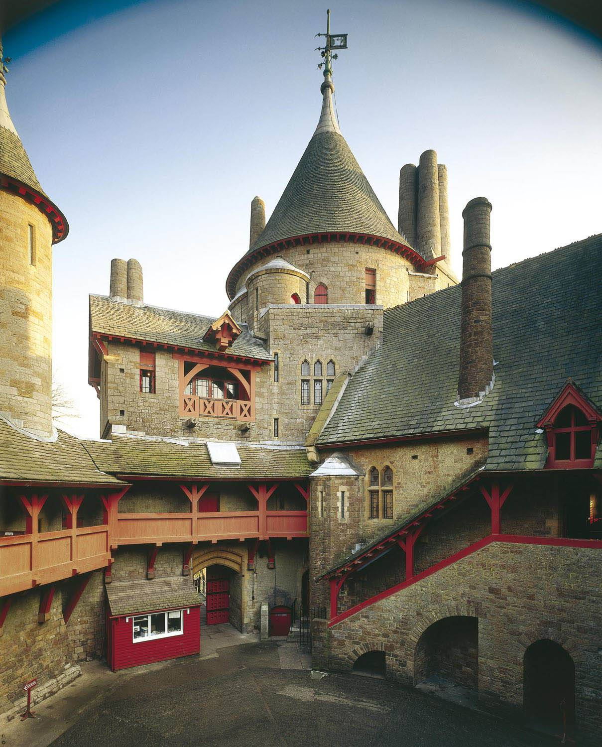 Castell Coch Cardiff, Castell Coch - Visit Cardiff