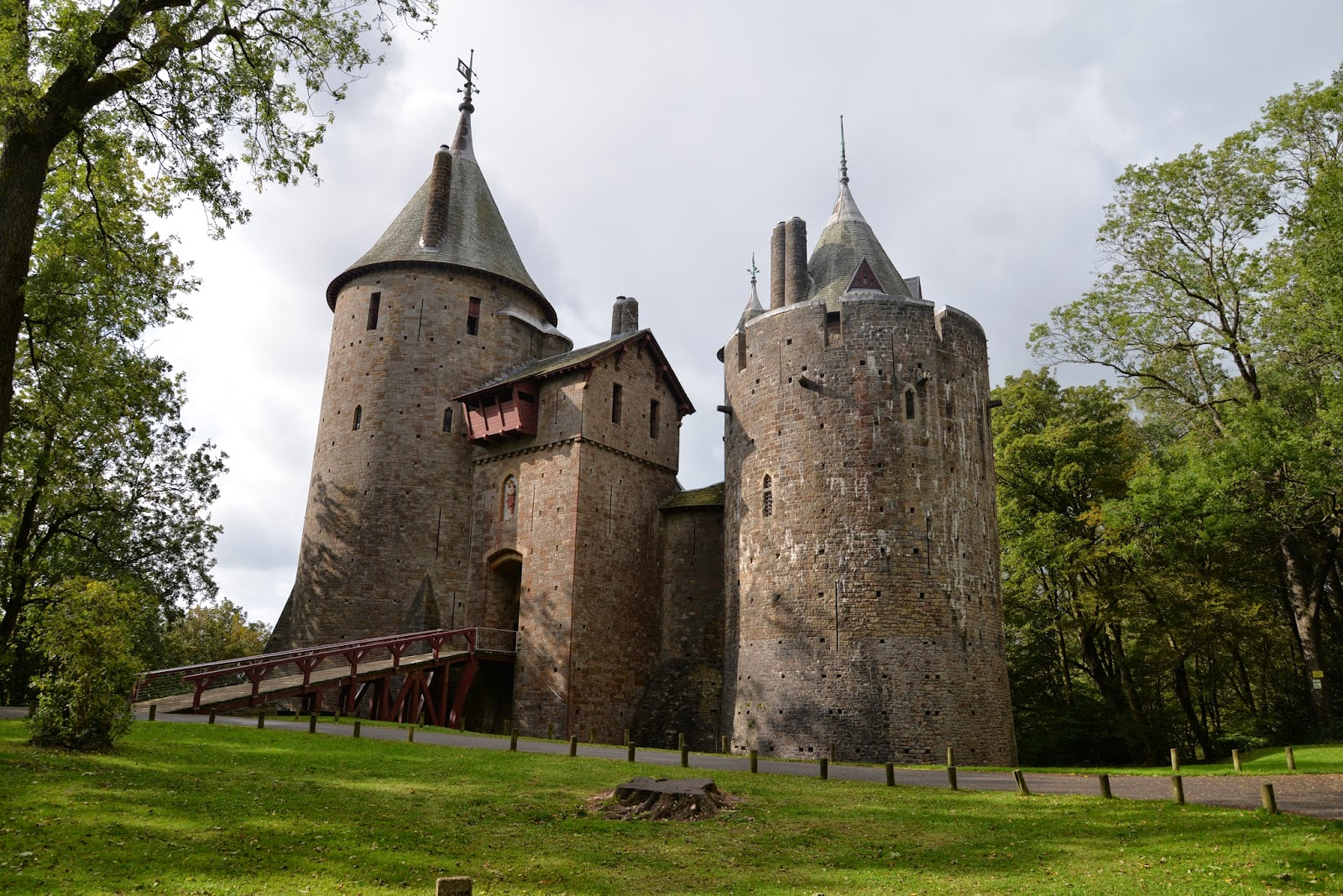 Castell Coch Cardiff, CUBO ET EXCUBO: Castell Coch