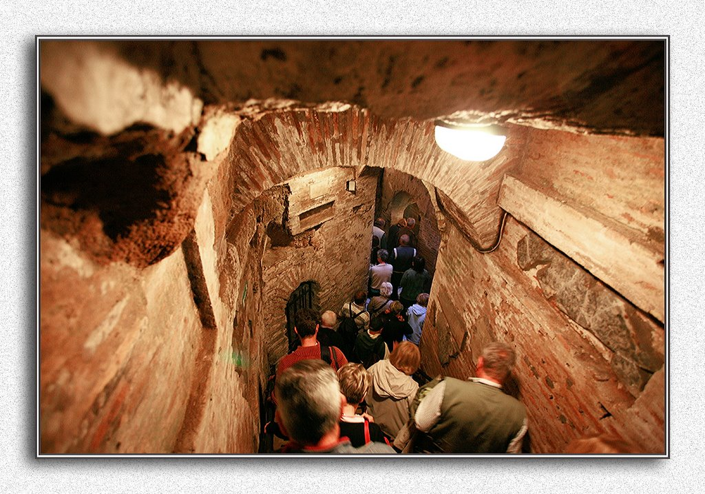 Catacombe di San Callisto Rome, Panoramio - Photo of Catacombe di San Callisto, R O M A - 5 giugno ...