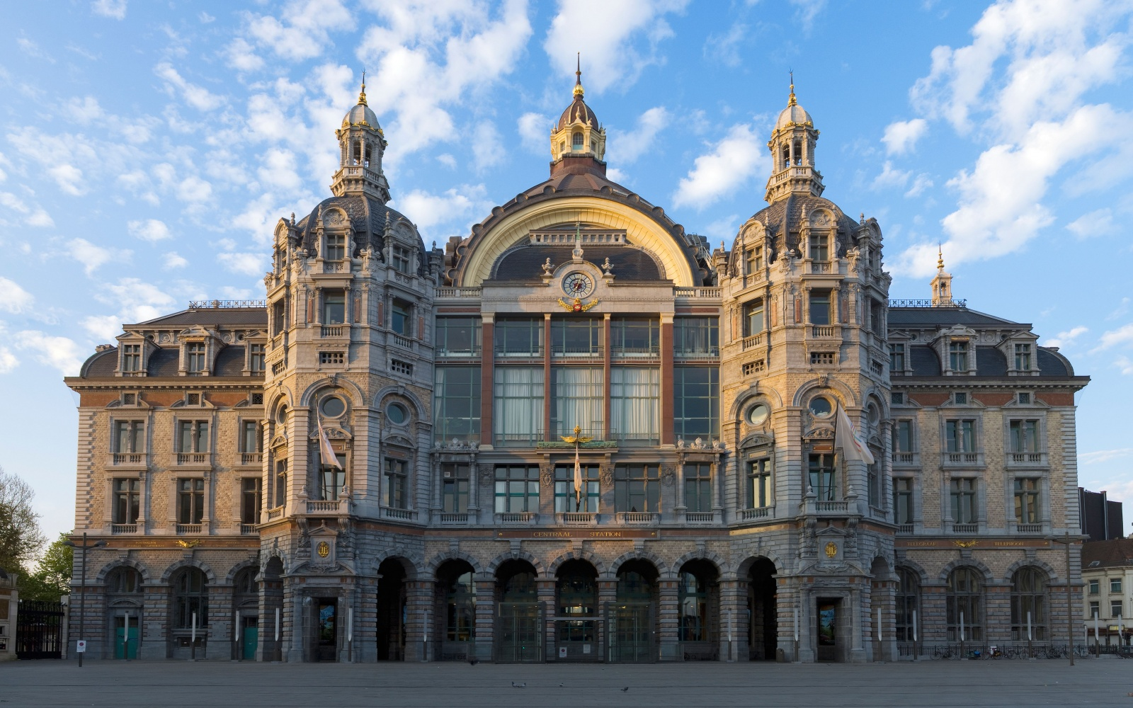 Centraal Station Antwerp, World's Most Beautiful Train Stations | Travel + Leisure