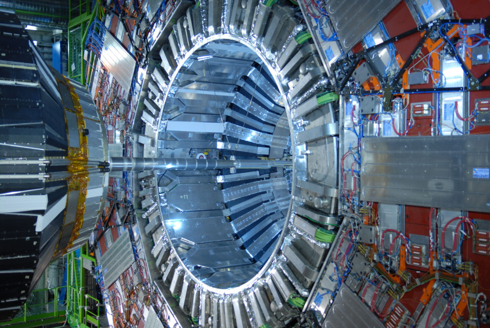 CERN Geneva, Is CERN's Large Hadron Collider causing Italy's earthquakes