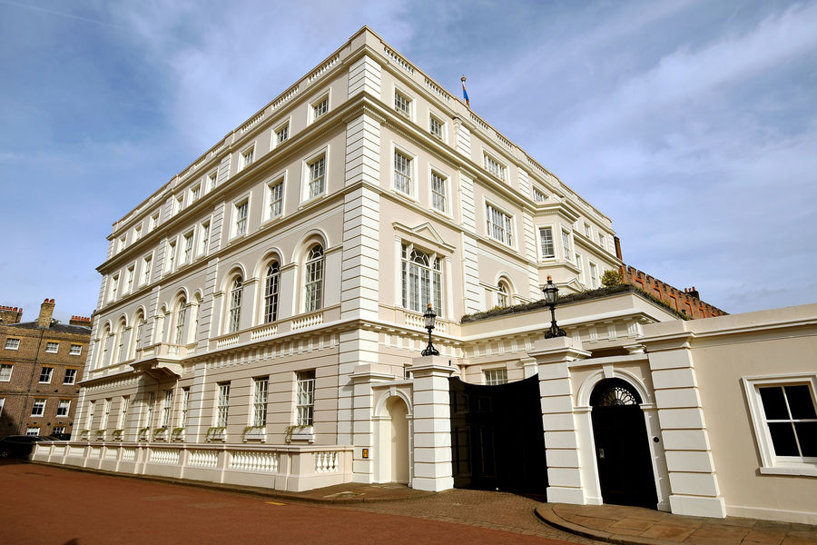 Clarence House London, The architecture of Clarence House | The Enchanted Manor