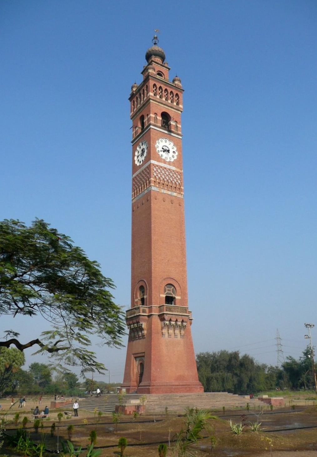 Clock Tower Lucknow, Clock Tower in Lucknow
