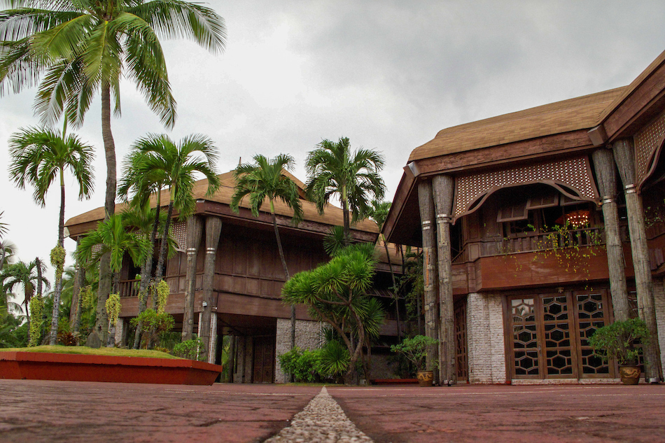 Coconut Palace Manila, Imelda-built Coconut Palace takes ASEAN Summit spotlight | ABS-CBN ...