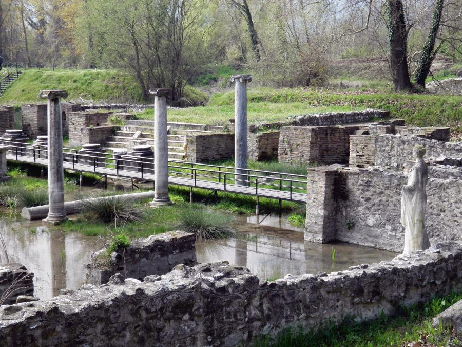 Dion Archaeological Site Thessaloniki and Central Macedonia, Villa Morfeas