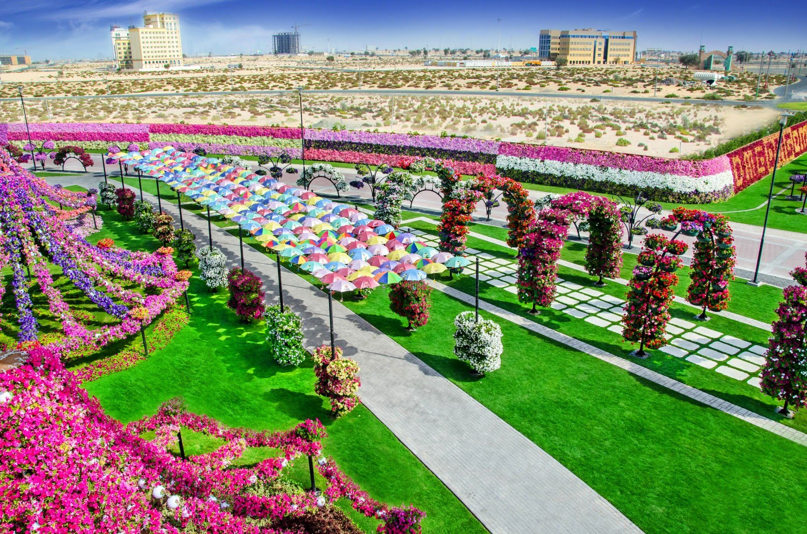 Dubai Miracle Garden Dubai, miracle garden in dubai is home to 45 million flowers | miracle ...