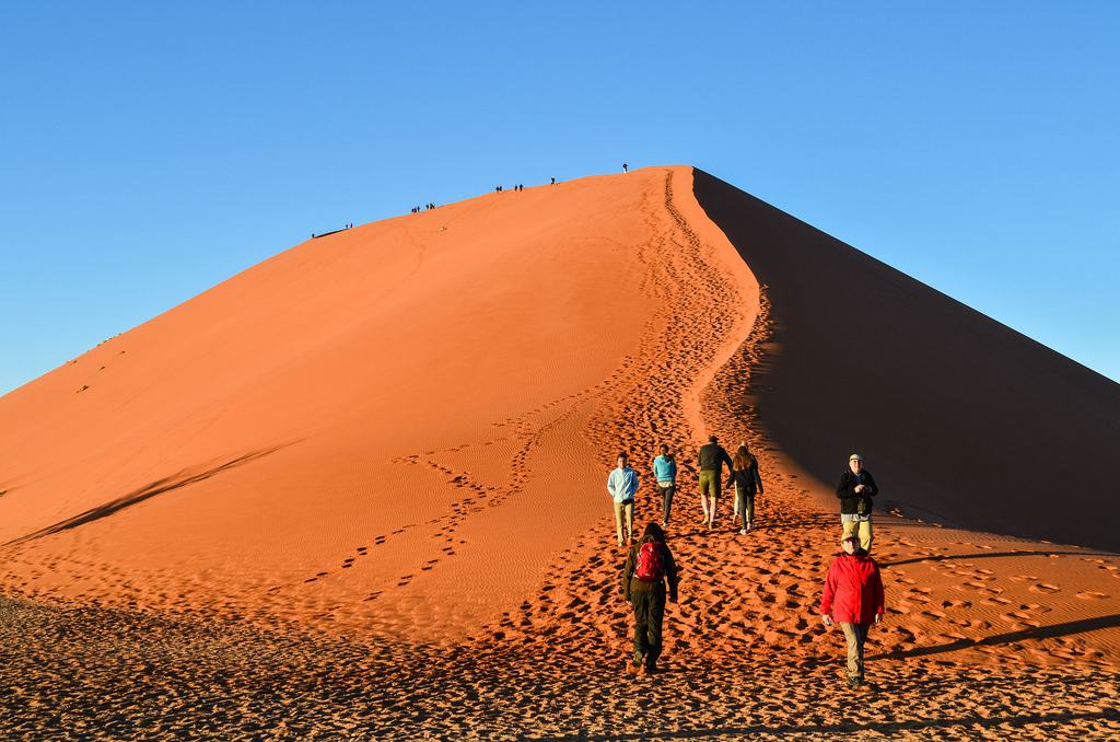 Dune 45 Sesriem & Sossusvlei, Sossusvlei, at the top of a world of sand - FreeWheely | Cycling ...