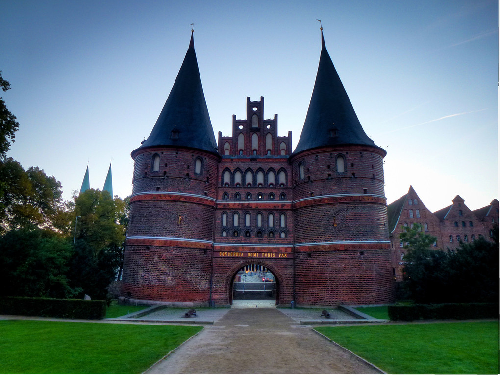 Europäisches Hansemuseum Lübeck, The Pride Of Lubeck, Germany's Crooked City Gate: The Holstentor ...