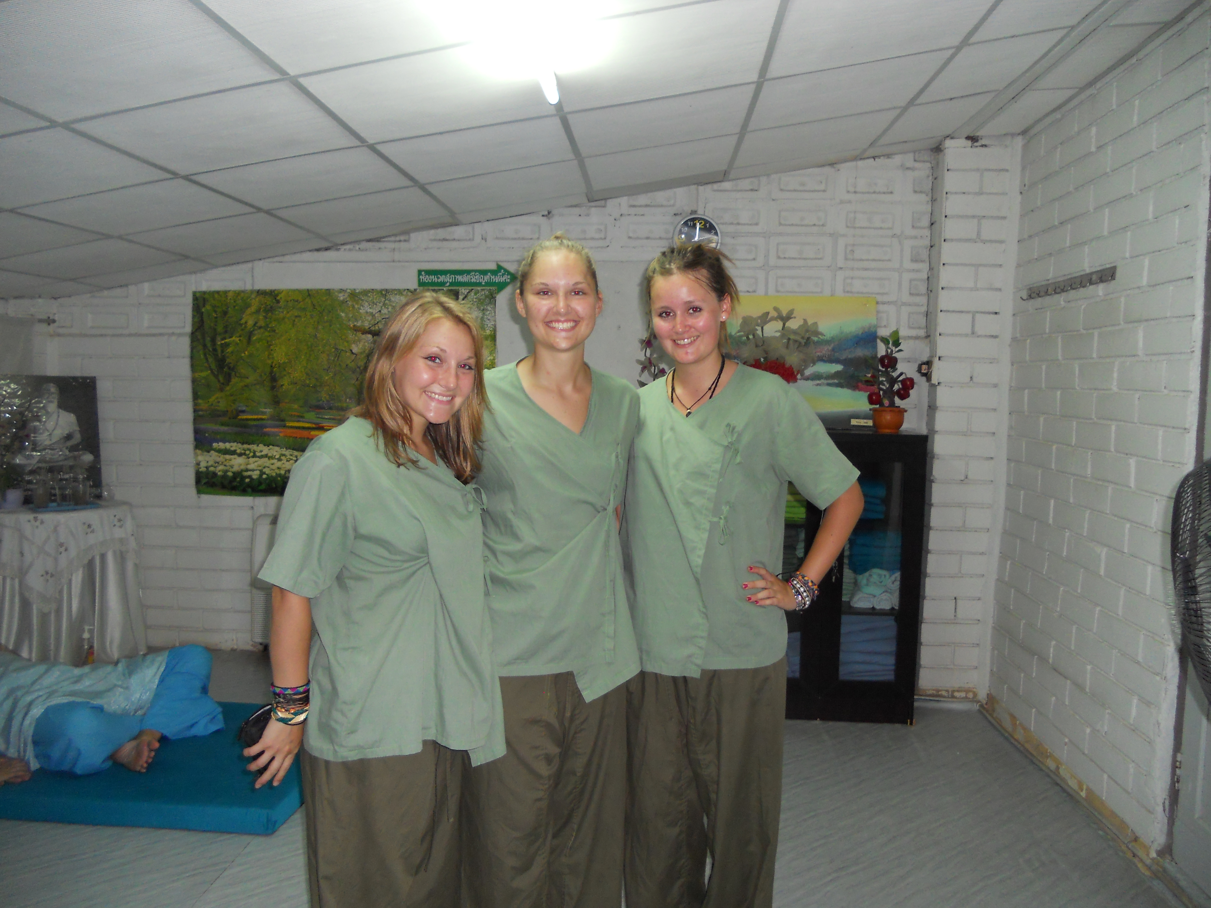 Former Chiang Mai Women's Prison Chiang Mai, Prison, Tigers, Jumping, Reggae – Sunday August 1, 2010 | Pamcakes ...