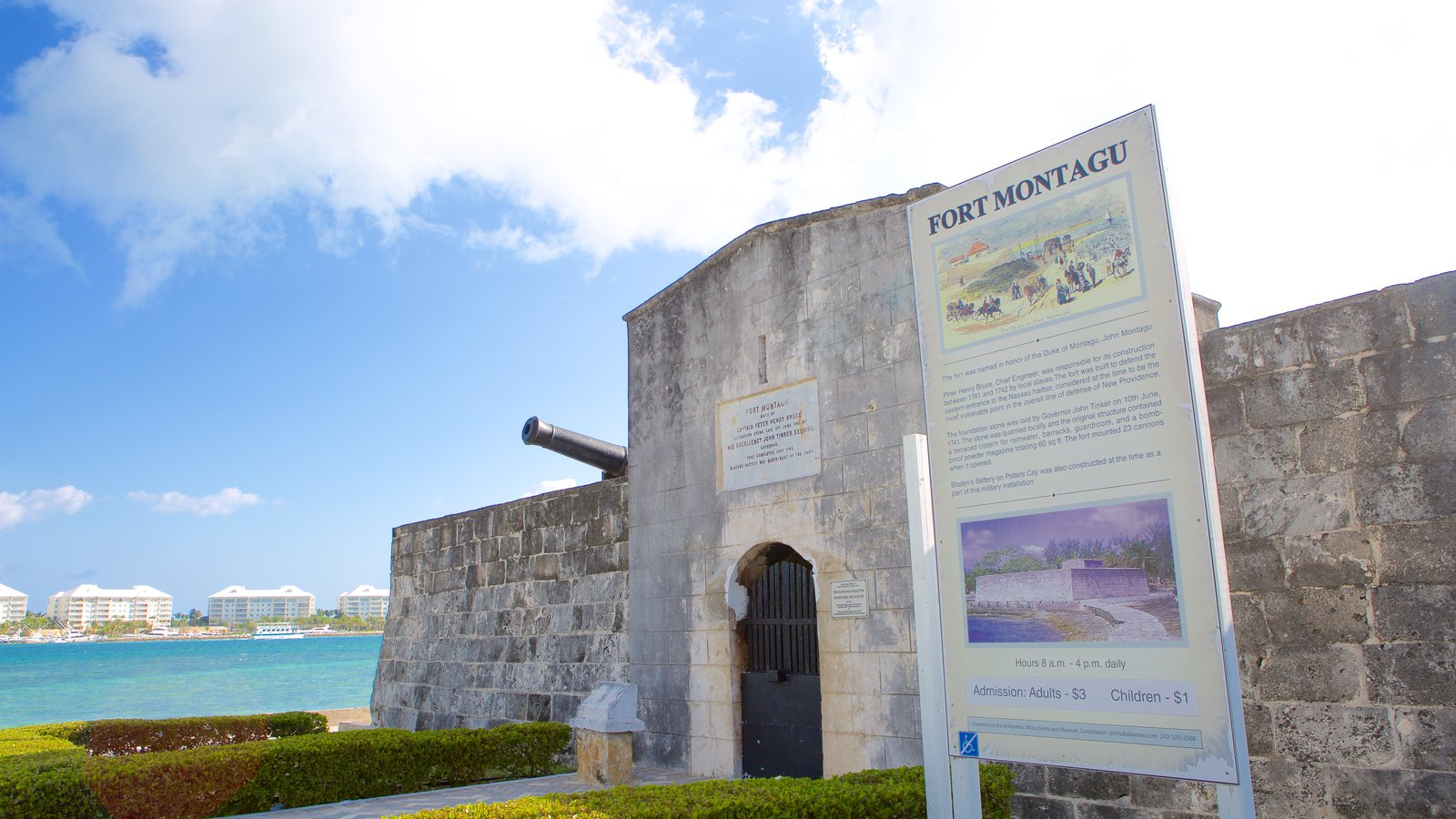 Fort Montagu Nassau, Historical Pictures: View Images of Fort Montagu