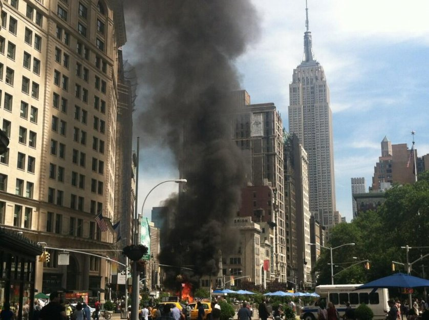 Times Square New York City, Vehicle On Fire By Flatiron Building In New York City - Business ...