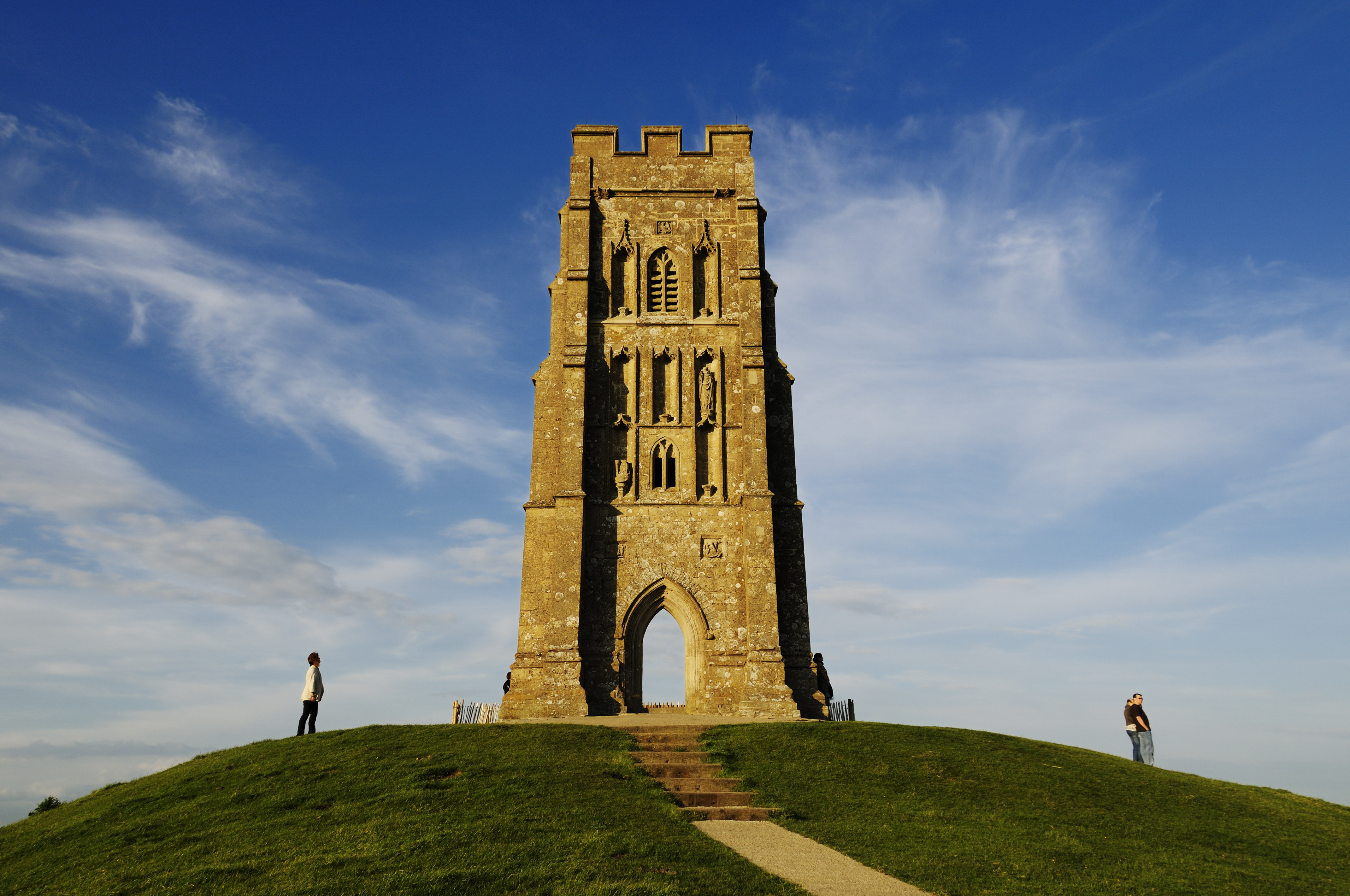 Glastonbury Tor Glastonbury, Glastonbury Tor & St. Michael's Tower - Spirit Of Avalon Tours ...