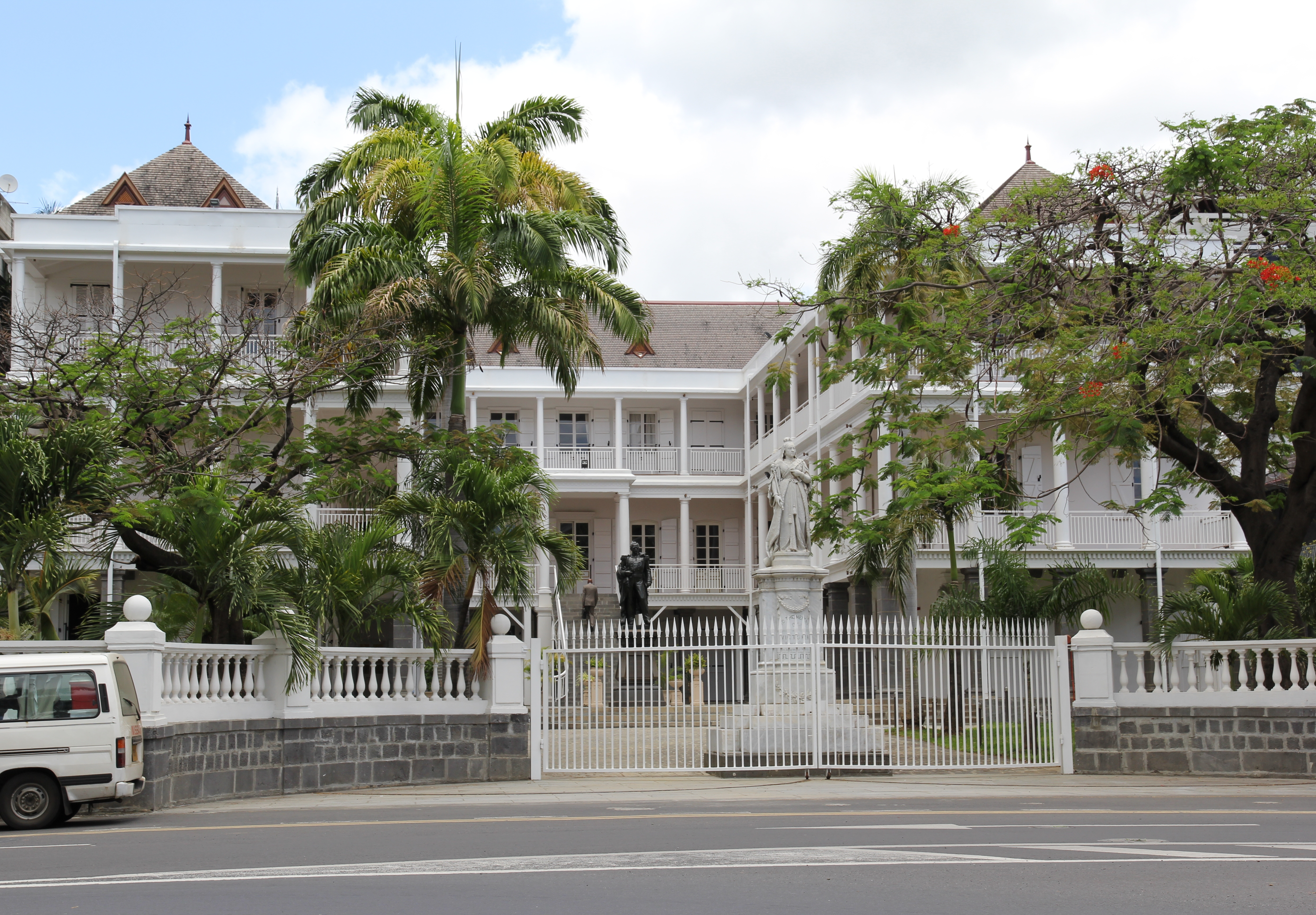 Government House Port Louis, Government house - Port Louis | The Bay - Discovering Mauritius ...