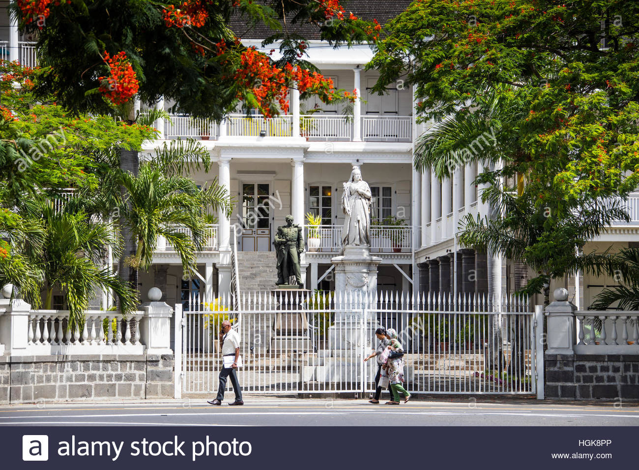 Government House Port Louis, Statue of Queen Victoria, Government House, French Colonial ...