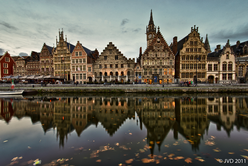 Graslei Gent, Graslei, Gent | Frontal wide-angle view on the old quay in t… | Flickr